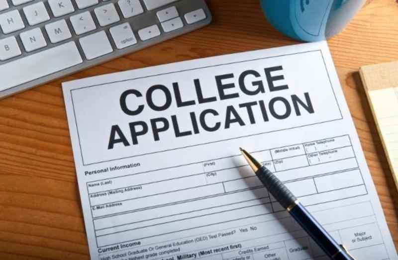 Five things to know before applying to college