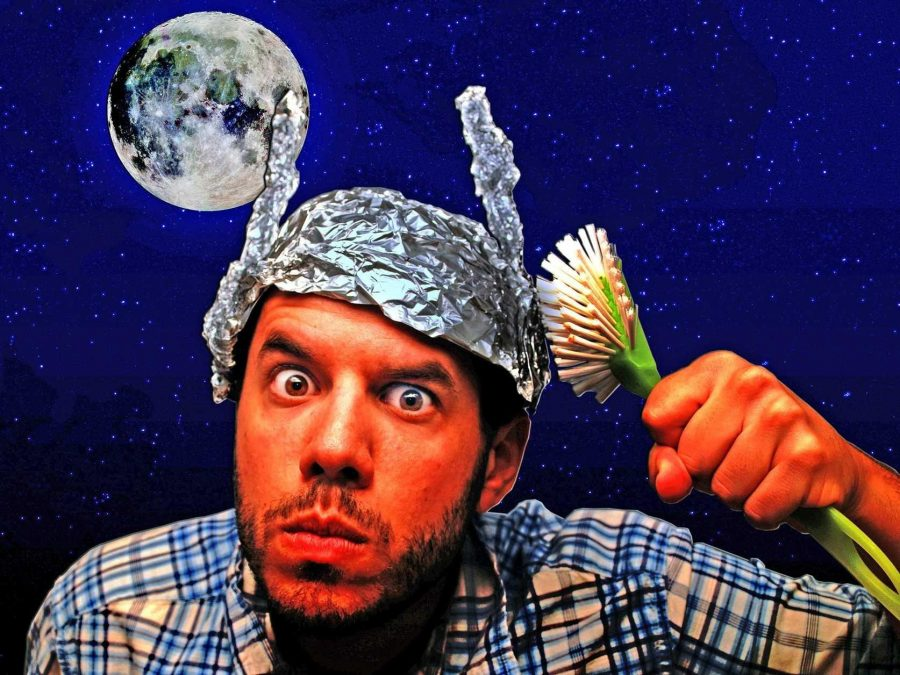 5+Wacky+Conspiracy+Theories