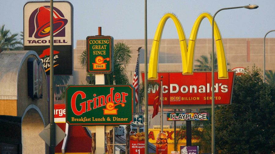 Fast-food+restaurants+are+found+virtually+everywhere+in+America.+