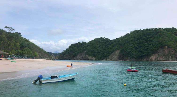 Pella+High+Students+go+on+Costa+Rica+Trip