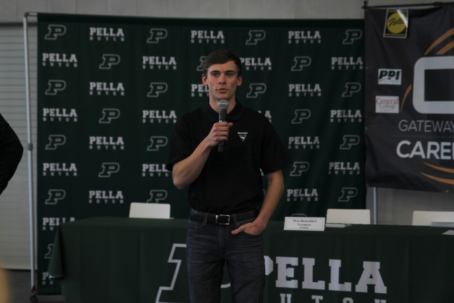 Pella High apprentices signed last Wednesday