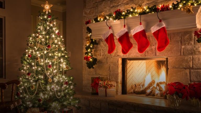 When+Should+Christmas+Season+Start%3F