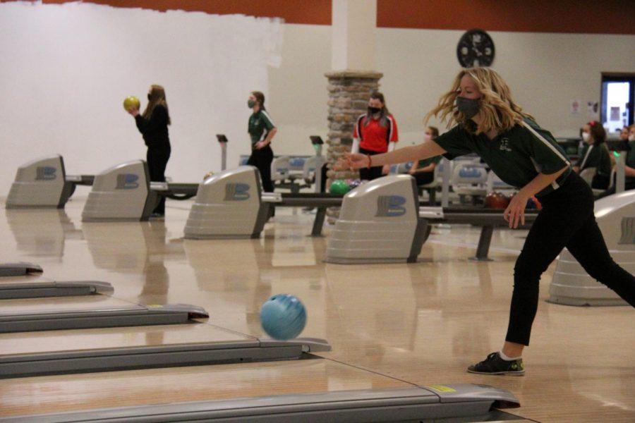 Sophomore Abbey Bogaards bowls against Centerville.