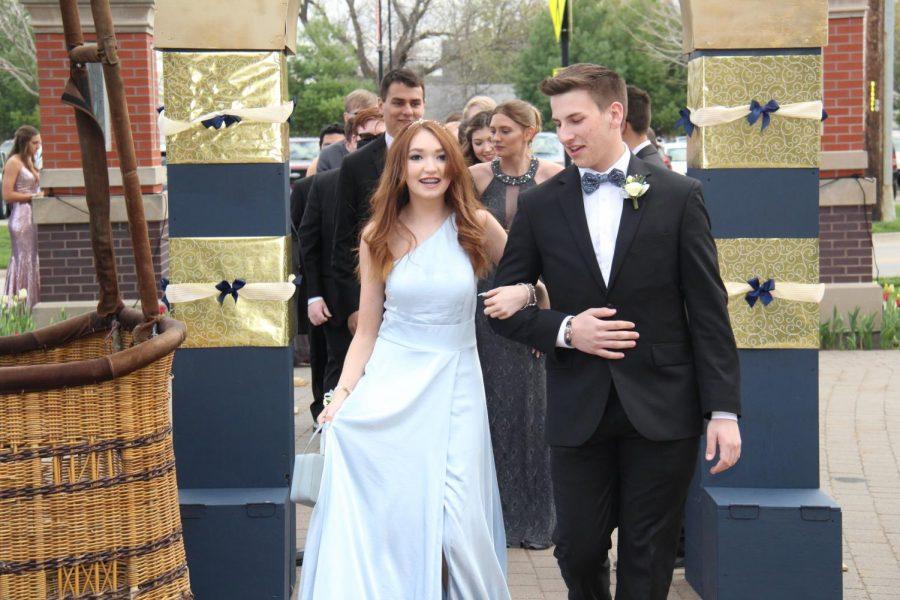 Junior Charlize Dearmond and Trey Voeller